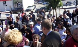 A crowd of several hundred gathered for the Monday morning ribbon cutting at the new Silver Lake Library Branch